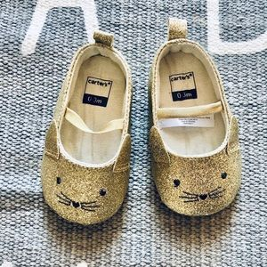 Carters infant girl gold cat shoe new without tag